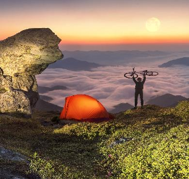 What Technology Should You Pack for Your Next Hike?