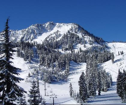 skiing-trails-near-Jackson Hole Mountain Resort