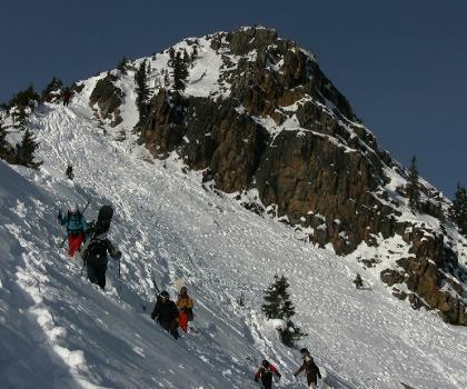 skiing-trails-near-Kicking Horse Mountain Resort