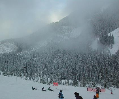 skiing-trails-near-Cypress Mountain