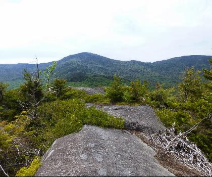 hiking-trails-USA-Hoffman Mountain, New York
