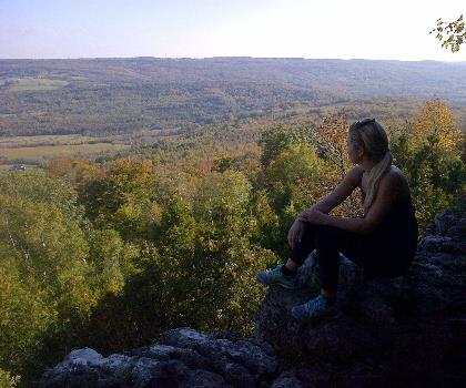 hiking-trails-Canada-Osler Bluff, Ontario