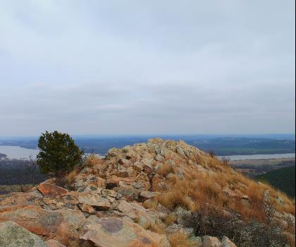 hiking-trails-near-Pinnacle Northeast, Missouri