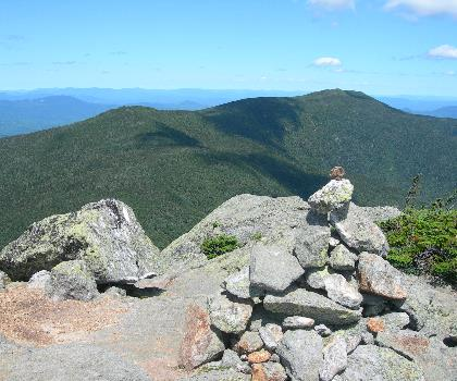 hiking-trails-near-Mount Hight, New Hampshire