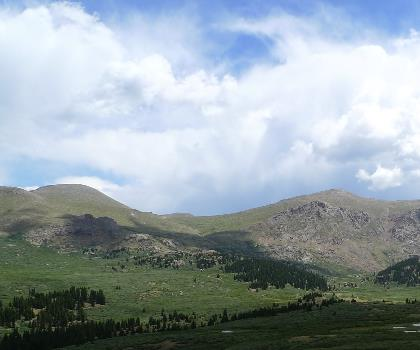 hiking-trails-near-Mount Bierstadt, Colorado