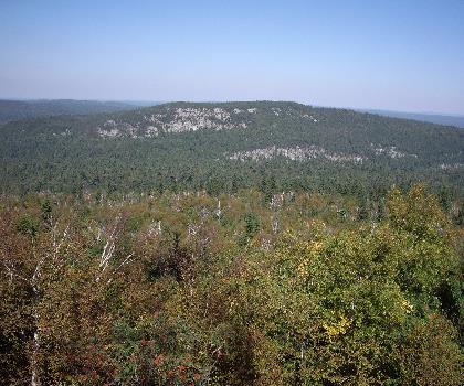 hiking-trails-Canada-Ishpatina Ridge, Ontario