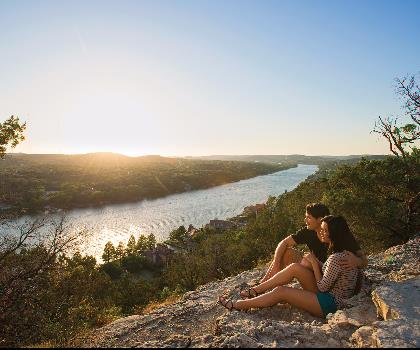 hiking-trails-near-Mount Bonnell, Texas