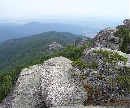 hiking-trails-near-Old Rag Mountain, Virginia